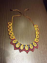 Resultado de imagem para colar de couro em arabesco feminino