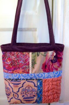 Création textile: Armelle Soie : http://www.armellesoie.com/boutique/les-sacs-cabas/