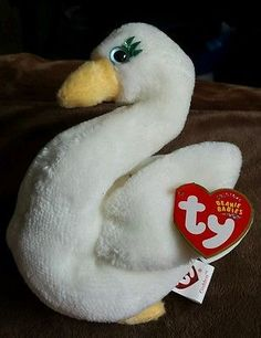 6 inch TY Beanie Baby L/'AMORE the Poodle Dog - MWMTs Stuffed Animal Toy