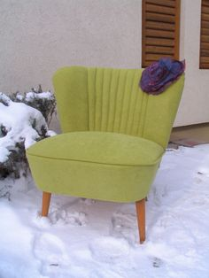 Hungarian club chair