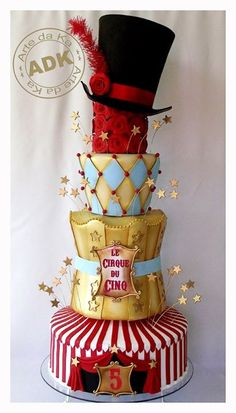 Cake worthy of winning the cake battle This is a really amazing cake bij Arte da Ka ! Bolo Circo Wow, this cake is so beautiful and fun! Crazy Cakes, Fancy Cakes, Pink Cakes, Gorgeous Cakes, Pretty Cakes, Cute Cakes, Amazing Cakes, Circus Theme Cakes, Themed Cakes