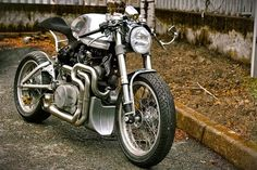 "Yamaha TR1 Cafe Racer ""Fireball"" - Grease n Gasoline 