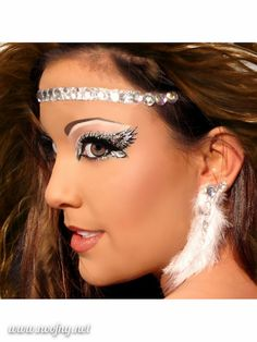 Xotic Eyes Angelic Glitter Professional Eye Make up Costume Accessory Halloween Makeup Kit, Beauty Makeup, Hair Makeup, Hair Beauty, Makeup Ideas, Engel Make-up, Make Carnaval, Crystal Tattoo, Maquillage Halloween