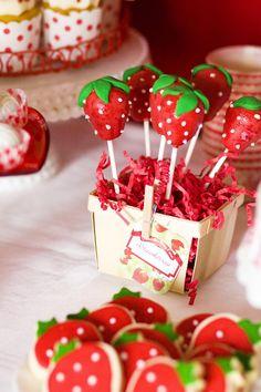 strawberry cakepops!