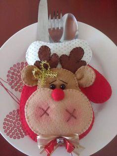 Christmas Fair Ideas, Felt Christmas Decorations, Felt Christmas Ornaments, Christmas Makes, Christmas Projects, Christmas Holidays, Easy Halloween Crafts, Christmas Crafts, 242