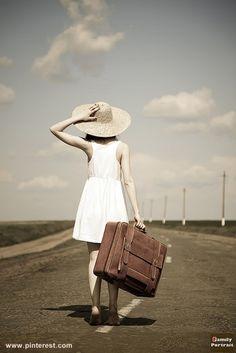 """Ingrid. """"Nuestro destino de viaje nunca es un lugar, sino una nueva forma de ver las cosas"""""""