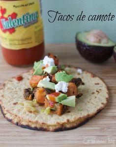 Tacos vegetarianos de camote / Veggie sweet potato tacos   En mi cocina hoy