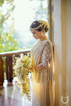 Studio U photography Desi Wedding, Wedding Looks, Saree Wedding, Wedding Bride, Wedding Ideas, Sri Lankan Wedding Saree, Sri Lankan Bride, Bridal Sari, Indian Bridal