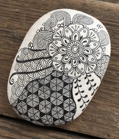 fb: RAZRocks. Zentangle. ZIA