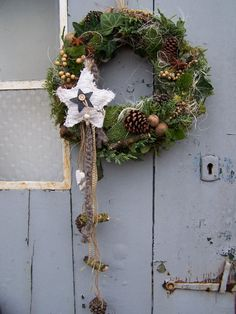 Door wreaths - large door wreath starry magic - a designer piece by zauberzim . Door wreaths - large door wreath starry magic - a unique product by zauberzimmer on DaWandaFlammkuchen with a difference! Christmas Makes, Christmas Wood, Winter Christmas, Christmas Crafts, Christmas Decorations, Holiday Decor, Door Wreaths, Grapevine Wreath, Christmas Arrangements