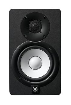 Yamaha Active Studio Monitor: The powered speakers' white woofers aren't just for looks: they deliver a flat, accurate response in the tradition of Yamaha's studio monitors. Desktop Speakers, Monitor Speakers, Bass, Home Studio, Studio Speakers, Audio Studio, Studio Equipment, Studio Gear, Dj Equipment