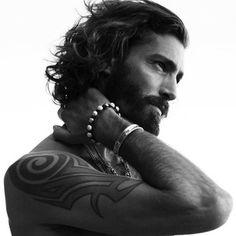 32 hombres guapos con fantásticas barbas