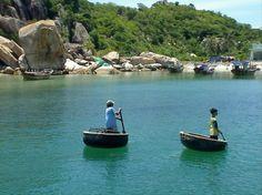 thuyen thung -Nha Trang, Vietnam  pystravel.com