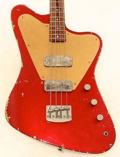 Fano Guitars Alt de Facto PX4 Bass Candy Apple Red