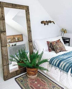 Refined Boho Chic Bedroom Design Ideas – Home Interior and Design Bohemian Bedroom Decor, Home Decor Bedroom, Mirror Bedroom, Bedroom Furniture, Furniture Plans, Kids Furniture, Modern Bohemian Bedrooms, Furniture Chairs, Earthy Bedroom