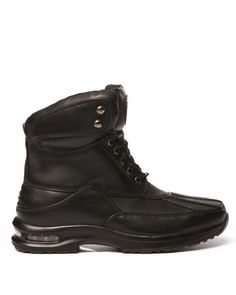 Keep your feet dry and warm with the Pelle True Endurance Boot by Pelle Pelle