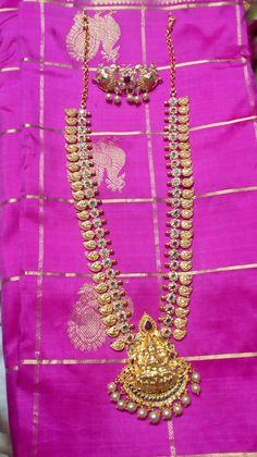 Jewelry Design Earrings, Gold Earrings Designs, Gold Jewellery Design, Pendant Jewelry, Necklace Designs, Mango Mala, Gold Ring Designs, Gold Jewelry Simple, Fashion Jewelry
