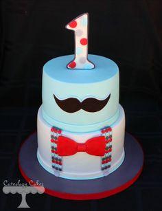 Moustache cake by Cuteology Cakes on CakeDecor