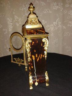 Cartel, Porte Montre Napoléon III - montres anciennes French Clock, Objet D'art, Beer, Display, Tableware, Antique Watches, Antique Shops, Root Beer, Floor Space
