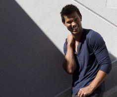 Taylor Lautner Twilight Saga Series, Taylor Lautner, Jacob Black, Husband Love, Celebs, Celebrities, Lego Sets, Hot Men, Phone Case