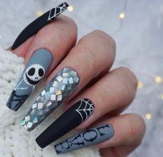Halloween Nail Designs, Halloween Nail Art, Scary Halloween, Halloween Make Up, Seasonal Nails, Swarovski Nails, Daily Nail, Jack And Sally, Nail Pro