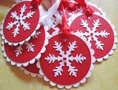 Diy Christmas Tags, Christmas Snowflakes, Christmas Gift Wrapping, Christmas Design, Christmas Snowman, Holiday Gifts, Christmas Crafts, Plaid Christmas, Holiday Ideas