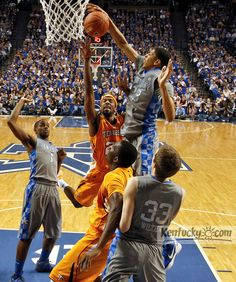 Photo Gallery: Cats beat Vols. See 36 game photos at http://bit.ly/yg75JK.