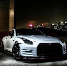 Win Lottery: Lottery Dominator - Oh my lanta! Nissan GTR - I could not believe I was being called a liar on live TV right after hitting my lottery jackpot! 2015 Nissan Gtr, Nissan Gtr Nismo, Nissan Gtr Skyline, Gtr 35, Tuner Cars, Jdm Cars, Bmw M Power, Porsche, Ford Mustang