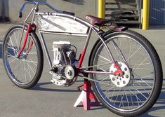 """While most of these are not technically real Board Track Racers but mere replicas and some of them are just bicycles. But what really interests me is a replica based on a bicycle with a """"mope… Motor Cruiser, Bicycle Engine, Motorised Bike, Drift Trike, Motorized Bicycle, Cool Bicycles, Mini Bike, Garage Makeover, Vintage Motorcycles"""