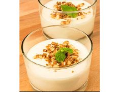 Pequenos prazeresMousse de queijo e chocolate Branco com pralinê de avelã