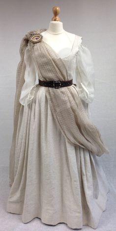Geillis Duncan's Gathering Dress | Costume designer TERRY DRESBACH | Outlander S1E4 'The Gathering' on Starz