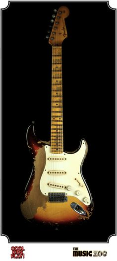 Fender Ultimate Relic : 58 Stratocaster Masterbuilt by John Cruz for The Music Zoo. Relic'd Three Tone Sunburst