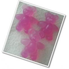 Teddy Soaps x 3 ~ Novelty ~ SLS FREE   Handmade moisturising, glycerine Teddy Soaps, with a variety of fragrances and colours to choose from.  Great for small hands and kiddies bath time fun.  You will receive 3 Teddy soaps.