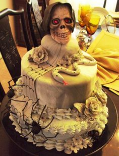 outstanding scary birthday cake halloween the ultimate unbirthday cake - Halloween Scary Desserts