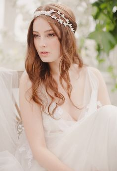 wedding hair down with headpiece photo Wallpaper