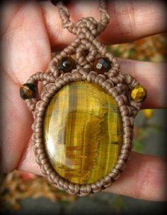 画像1: 自己実現の石タイガーアイのシンプルマクラメ編みネックレス*ヒッピー*ボヘミアン