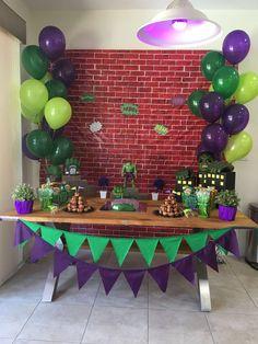 hulk birthday party decoration #boys #superheroes #party #birthday #green #purple