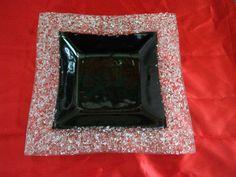 Fuentes realizadas con la técnica de termomoldeado,   pintado con grillada negra del lado de atrás   y vidrio molido de distintos g...