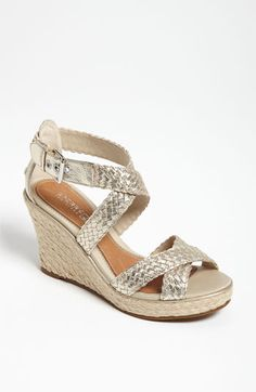 Love Sperry Top-Sider 'Harbordale' Sandal! A cute white summer dress and these are all you need <3