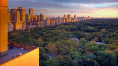 Central Park, Manhattan, New York City, New York (© Jon Arnold/Corbis)