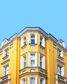 Yellow building in Berlin