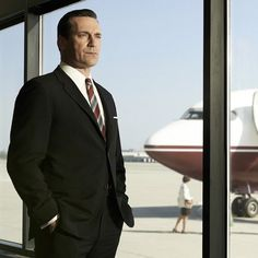 Pin for Later: Sex, Drugs, and Don Draper: Everything to Know About Mad Men in 2 Minutes