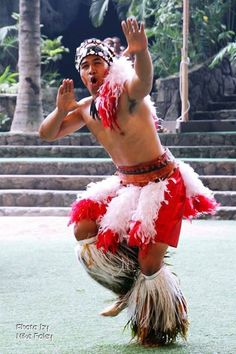 Samoan Siva, from beautiful Samoa, a Polynesian country, also popular culture here in HI