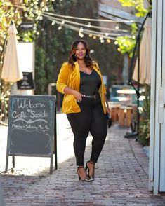 ShopStyle Look by trendycurvy featuring Inc International Concepts Inc Velvet Blazer, Created for Macy's and Lace-Trim Cami Diva Fashion, Curvy Fashion, Plus Size Fashion, Fashion Looks, Fashion Edgy, Fashion Hats, Cheap Fashion, Fashion 2017, Fashion Brands