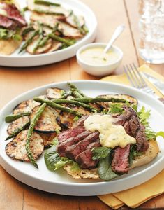 Open-Faced Steak Sandwich You'll need a knife and fork to dig into this hefty Open-Faced Steak Sandwich with Grilled Potatoes & Asparagus. Steak Sandwich Recipes, Steak Sandwiches, Lamb Sandwich, Sandwich Board, Lamb Recipes, Dinner Recipes, Grilled Bread, Grilled Cheeses, Bearnaise Sauce