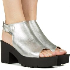 93e8909327 22 Best Shoes images