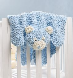 Snuggle Bear Playmat - cute baby yarn projects - free knitting patterns - how to knit baby items