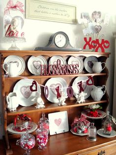 Valentine's Day Mantel Inspiration & Party Announcement - Home Stories A to Z