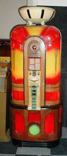 antique jukeboxes in perfect condition, #music #jukebox #vintageaudio http://www.pinterest.com/TheHitman14/ghosts-of-audios-past/
