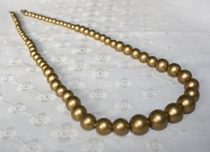 CLEARANCE PRICE Vintage Gold Tone Lucite Necklace by bellendesigns, $4.25